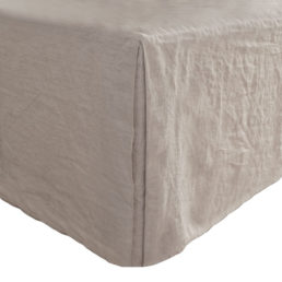 Washed linen bed skirt natural