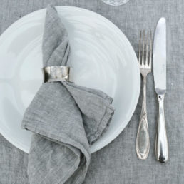 hørdug og servietter | kalkgrå