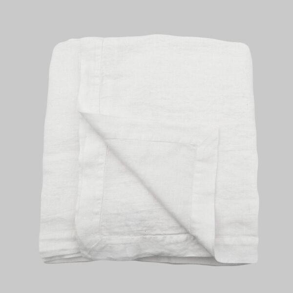 white lInen bedspread