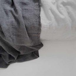 hør sengetæppe koksgrå