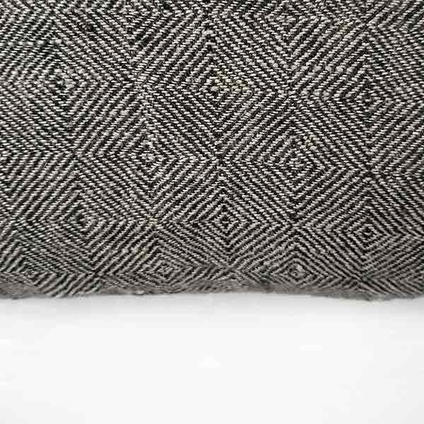 blødt grå hørsengetæppe